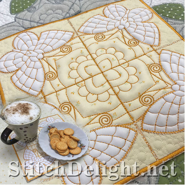 SDS1168 ITH Quilt Along Project Placemat