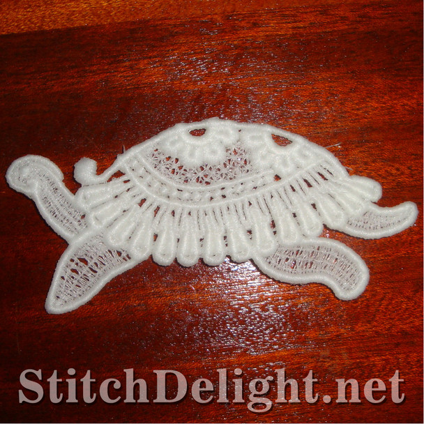 SD0921 Freestanding Lace Turtle