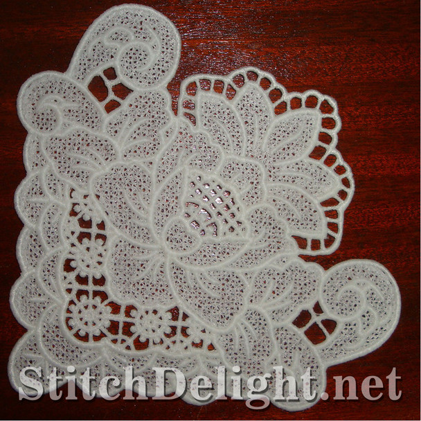 SD0967 Freestanding Lace Rose Corner