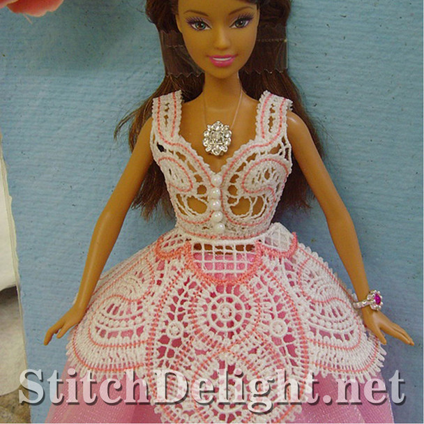 SD0667 Barbie Dressed in Lace