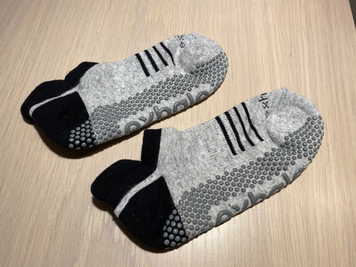 Exhale Grip Socks Classic Grey