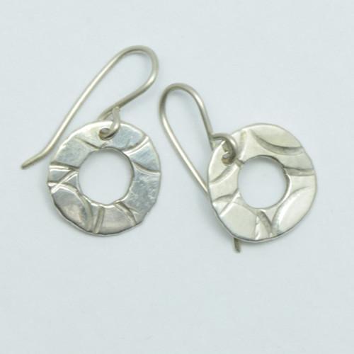 textured silver pirori hoop earrings, hand made in NZ, Justin Ferguson,