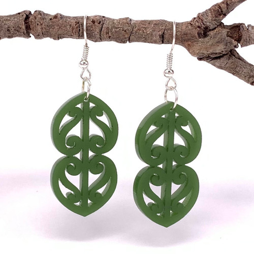 Kowhaiwhai double heart resin earrings from SoNZ.