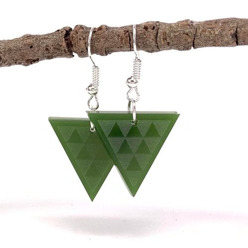 Taaniko resin earrings from SoNZ.