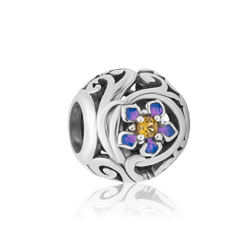 Chatam Island forget-me-not charm from Evolve New Zealand.