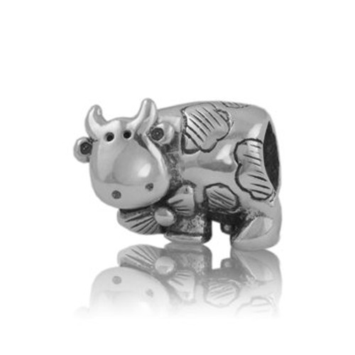 Sterling silver daisy cow charm from Evolve New Zealand.