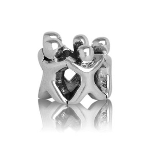 Sterling silver whanau, family circle charm from Evolve New Zealand.