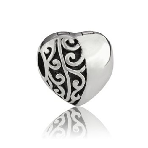 Sterling silver koru heart end stopper/clip from Evolve New Zealand.