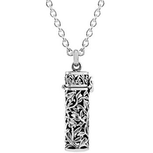 Sterling silver nz memories necklace from Evolve New Zealand.