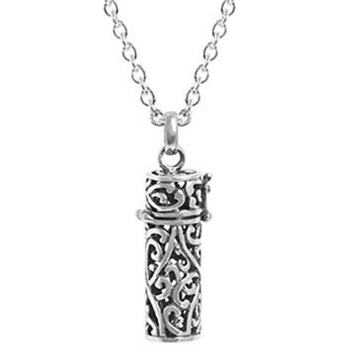 Sterling silver family tree locked and chain necklace from Evolve New Zealand.
