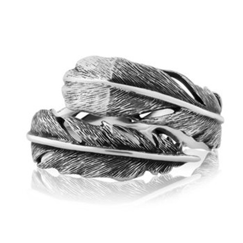 Sterling silver huia ring from Evolve New Zealand.