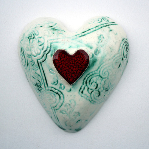 Small ceramic lace heart from The Monster Company. Made in NZ.