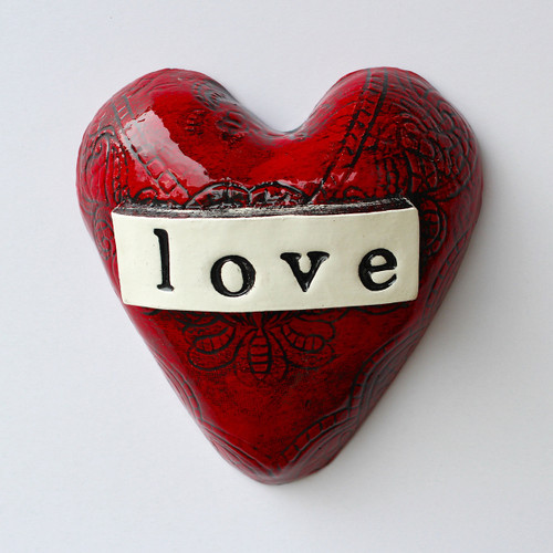 Small ceramic love heart from The Monster Company. Made in NZ.
