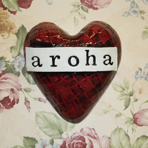 Small ceramic aroha heart from The Monster Company. Made in NZ.