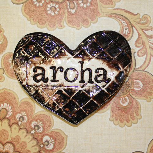 Ceramic aroha flax heart from The Monster Company. Made in NZ.