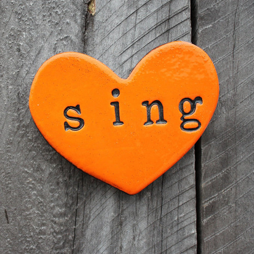 Ceramic sing heart from The Monster Company. Made in NZ.