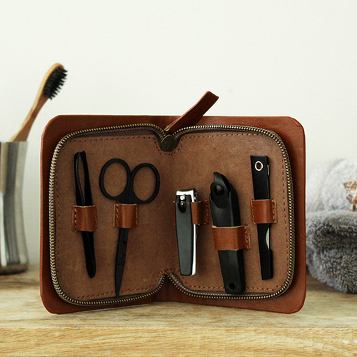 Manicure set from Moana Rd