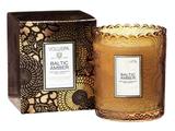 Voluspa Baltic Amber: Scalloped Edge Candle