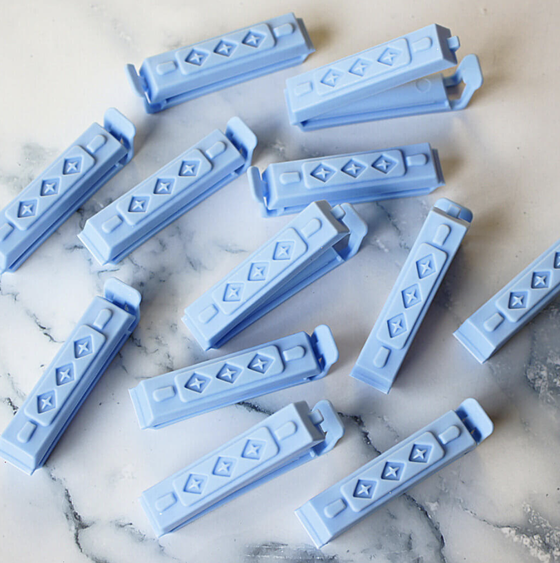 Borderlands Bakery Blue Rolling Pin Bag Clips, 6 pieces
