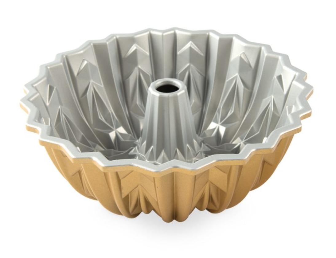 Cut Crystal Bundt Pan, 10 cup
