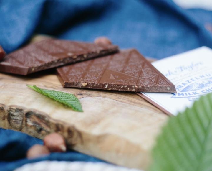 Dick Taylor Milk Chocolate with Hazelnuts Bar