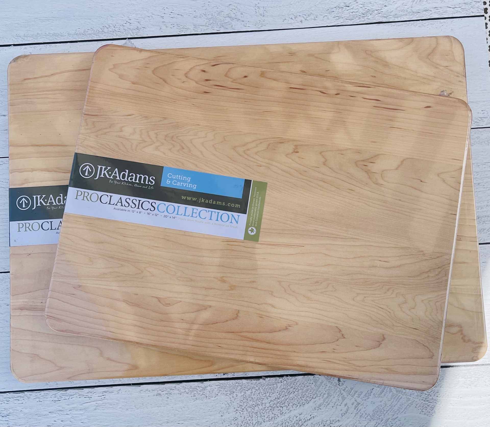 "Pro Classic Cutting Board 16""x12"""
