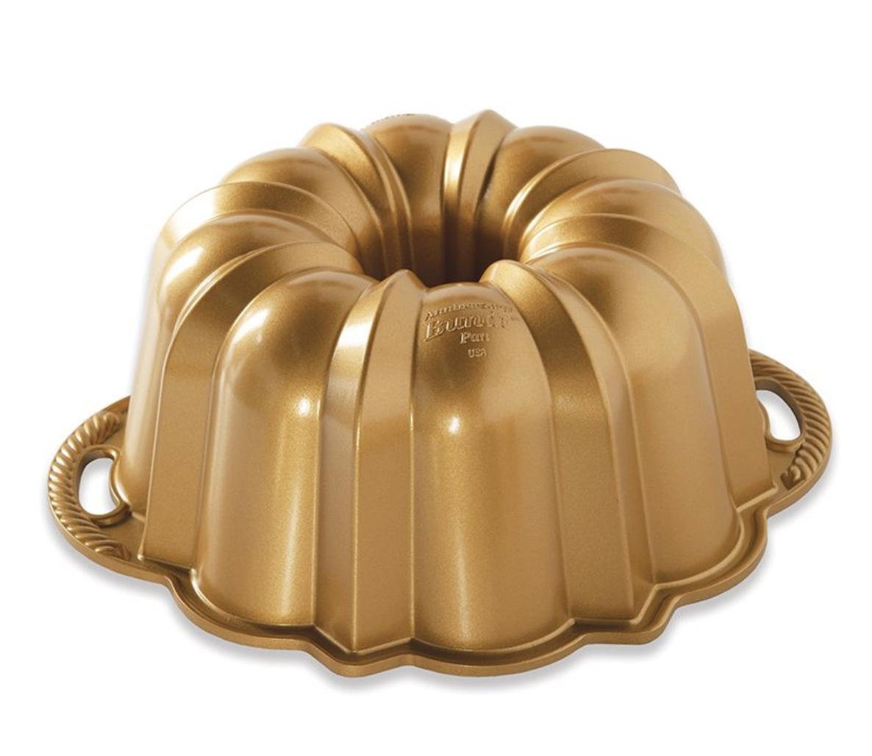 Anniversary Bundt Pan, 10-15 cup