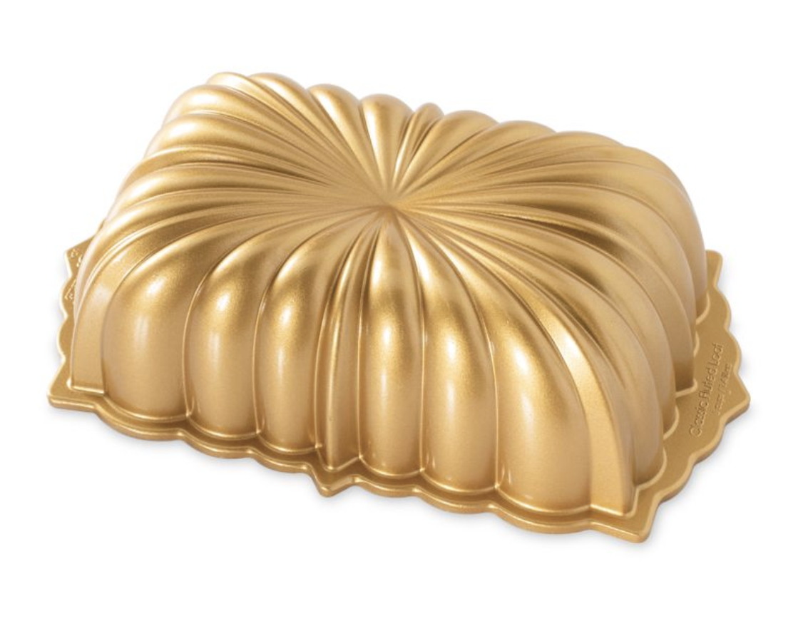 Classic Fluted Loaf Pan, 6 cup