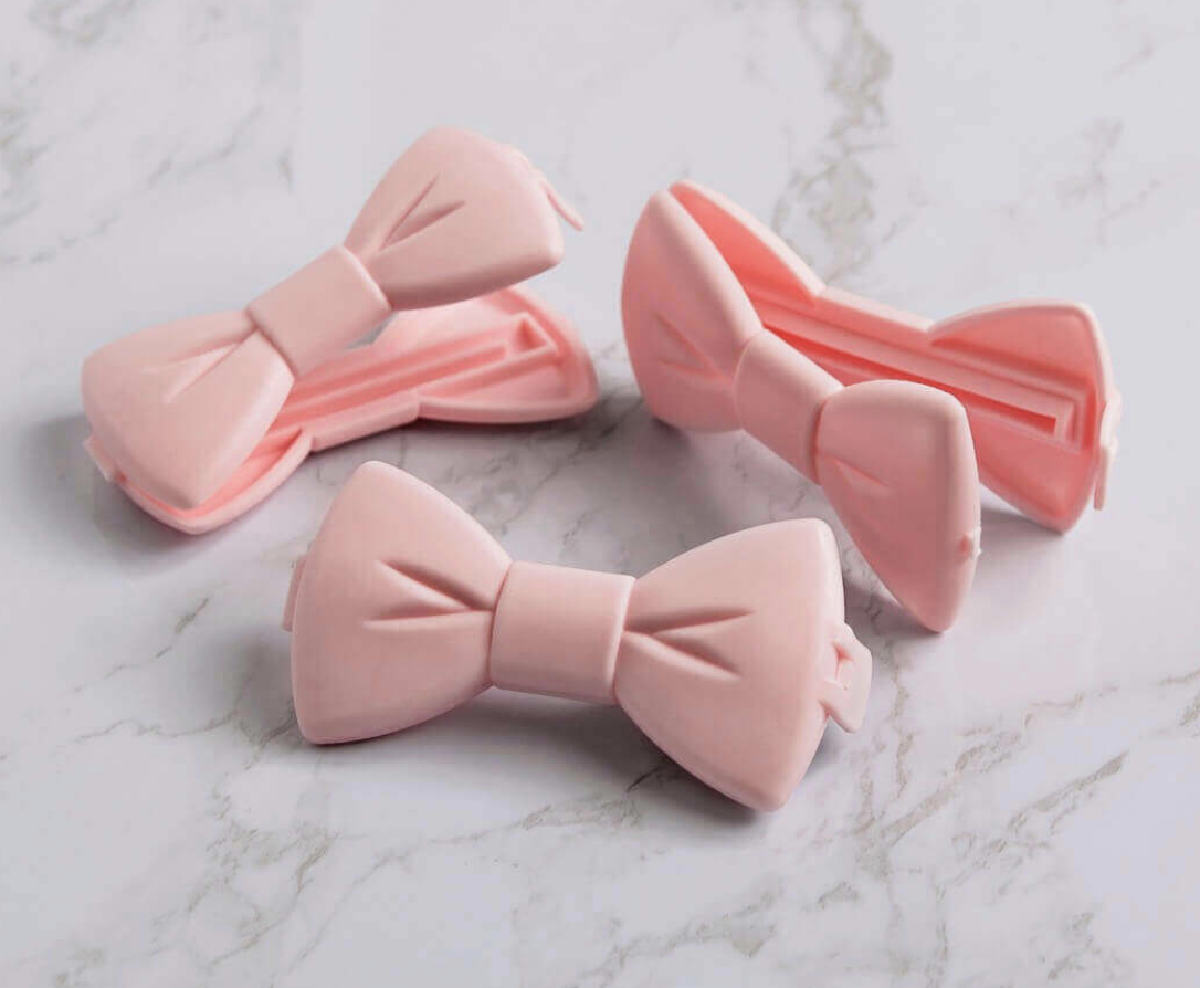 Borderlands Bakery Big Bow Clips, 3 pieces