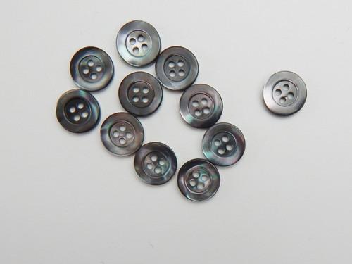12 Dark smoke shell shirt button, size 18