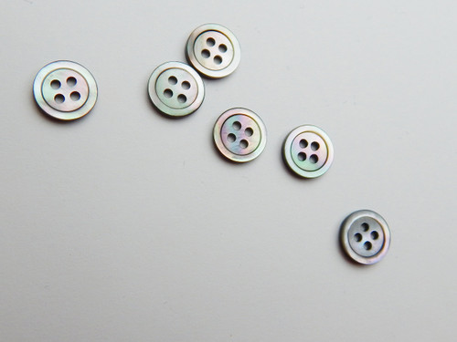 14 Light smoke shell shirt button, size 18