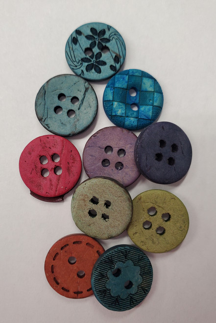 "Artisan Buttons 5/8"" - 7 hand dyed cococnut buttons"