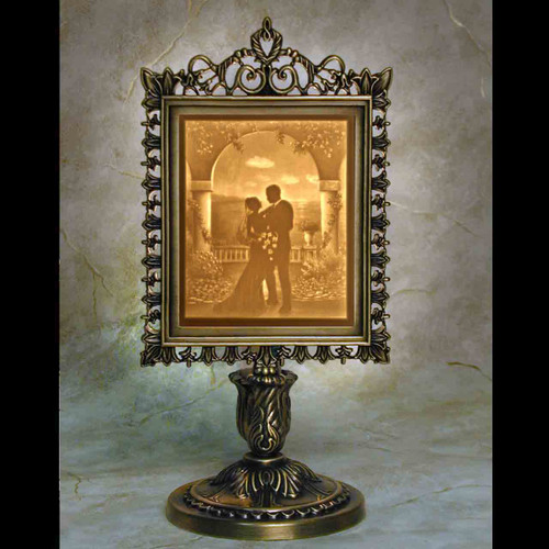 I DO LITHOPHANE VICTORIAN LAMP