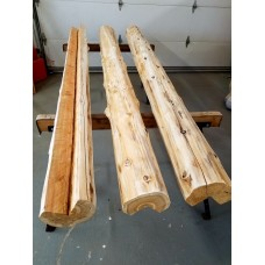 Vertical whole log corners with 7