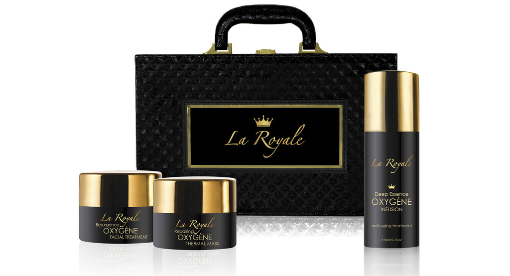Oxygène Essentials Face Treatment in Suitcase