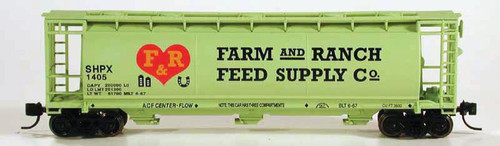 Bowser 37689 N Farm & Ranch Feed Supply 3-Bay Cylindrical Covered Hopper #1405