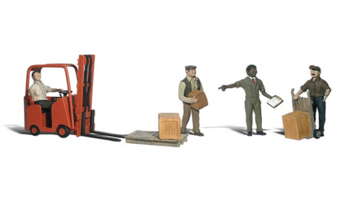 Workers with Forklift - HO Scale