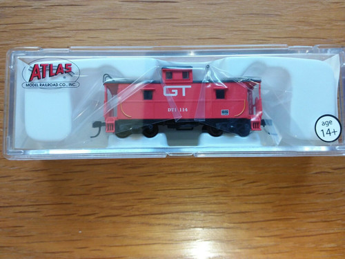 Atlas N Scale 50001209 C&O Cupola Caboose Grand Trunk Western #114