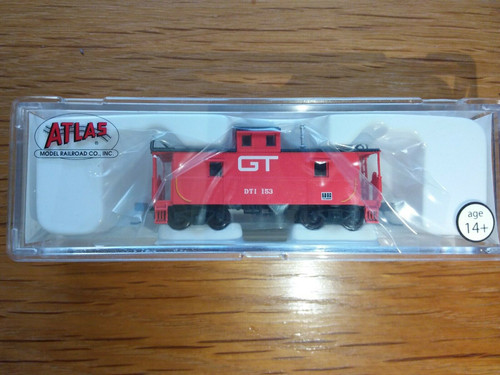Atlas N Scale 50001210 C&O Cupola Caboose Grand Trunk Western #153