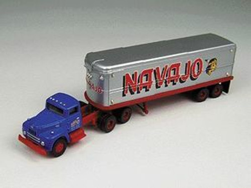 ClassicClassic Metal Works #31133 Navajo Freight International Tractor/Trailer