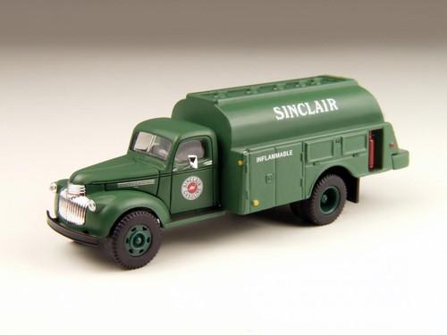 Classic Metal Works 41/46 Chevrolet Tank Truck  Sinclair Oil