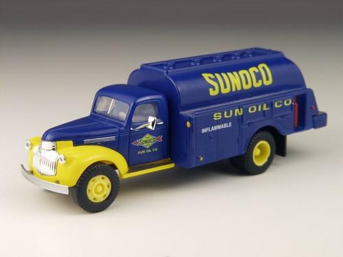 Classic Metal Works 41/46 Chevrolet Tank Truck  Sunoco