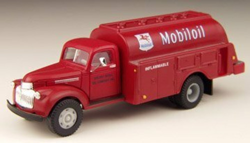 Classic Metal Works 41/46 Chevrolet Tank Truck  Mobile Oil