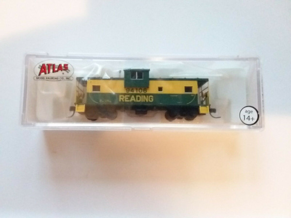 Atlas N Scale 50000987 Extended Vision Caboose Reading #94106