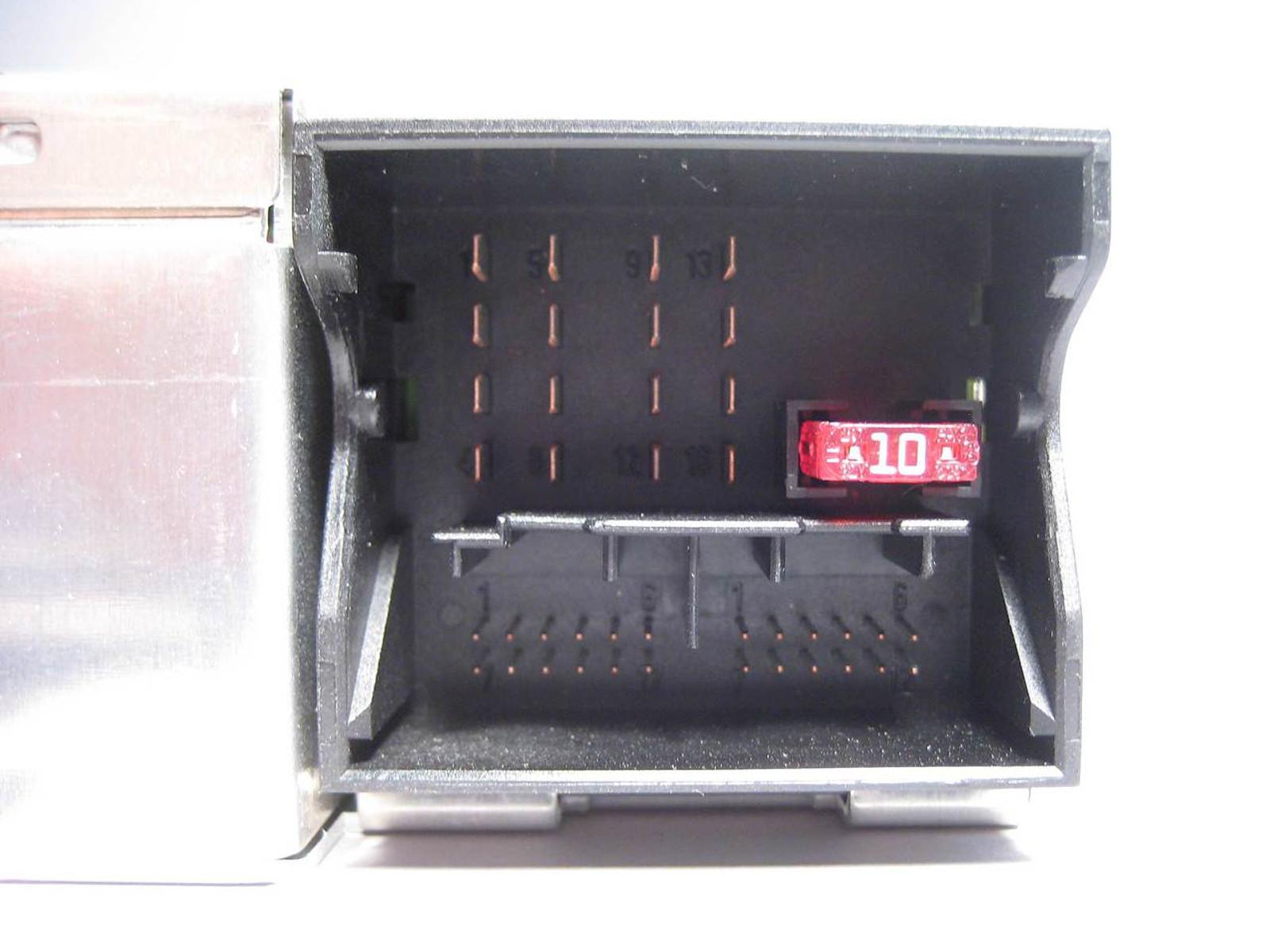BMW Business Navigation Radio Receiver Becker BM53 2002-2006 E46 E39 X5 OEM  USED