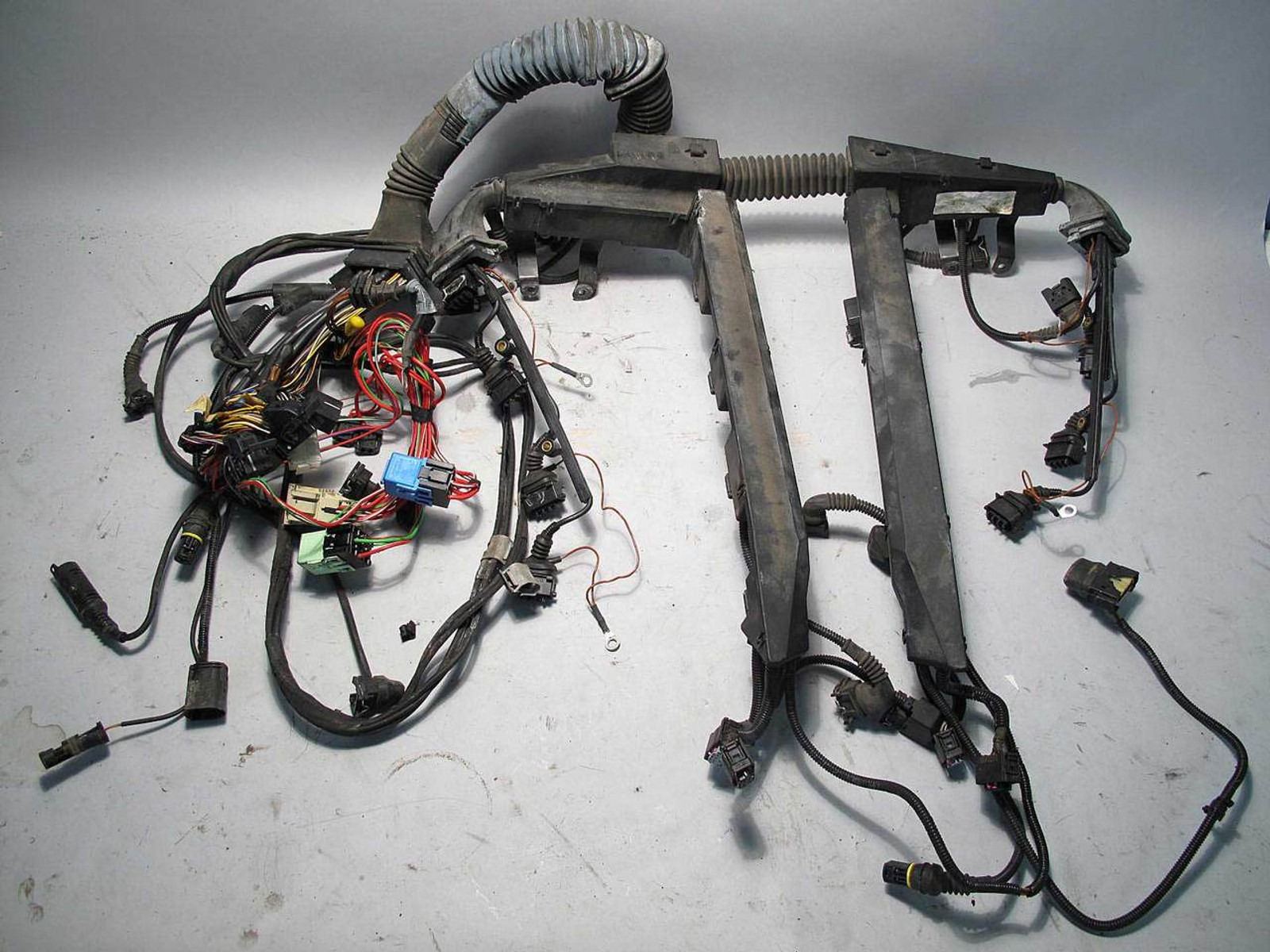 2000 Bmw E39 M5 M S62 Engine Wiring Electrical Harness Complete Uncut Used Oe Prussian Motors