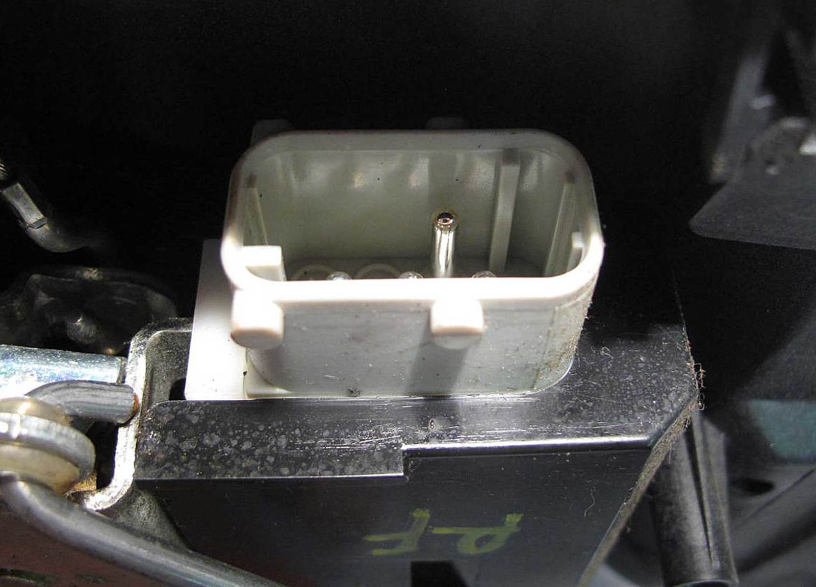BMW E39 5-Series E39 Right Front Passenger Door Lock Latch w Actuator 1995-2003