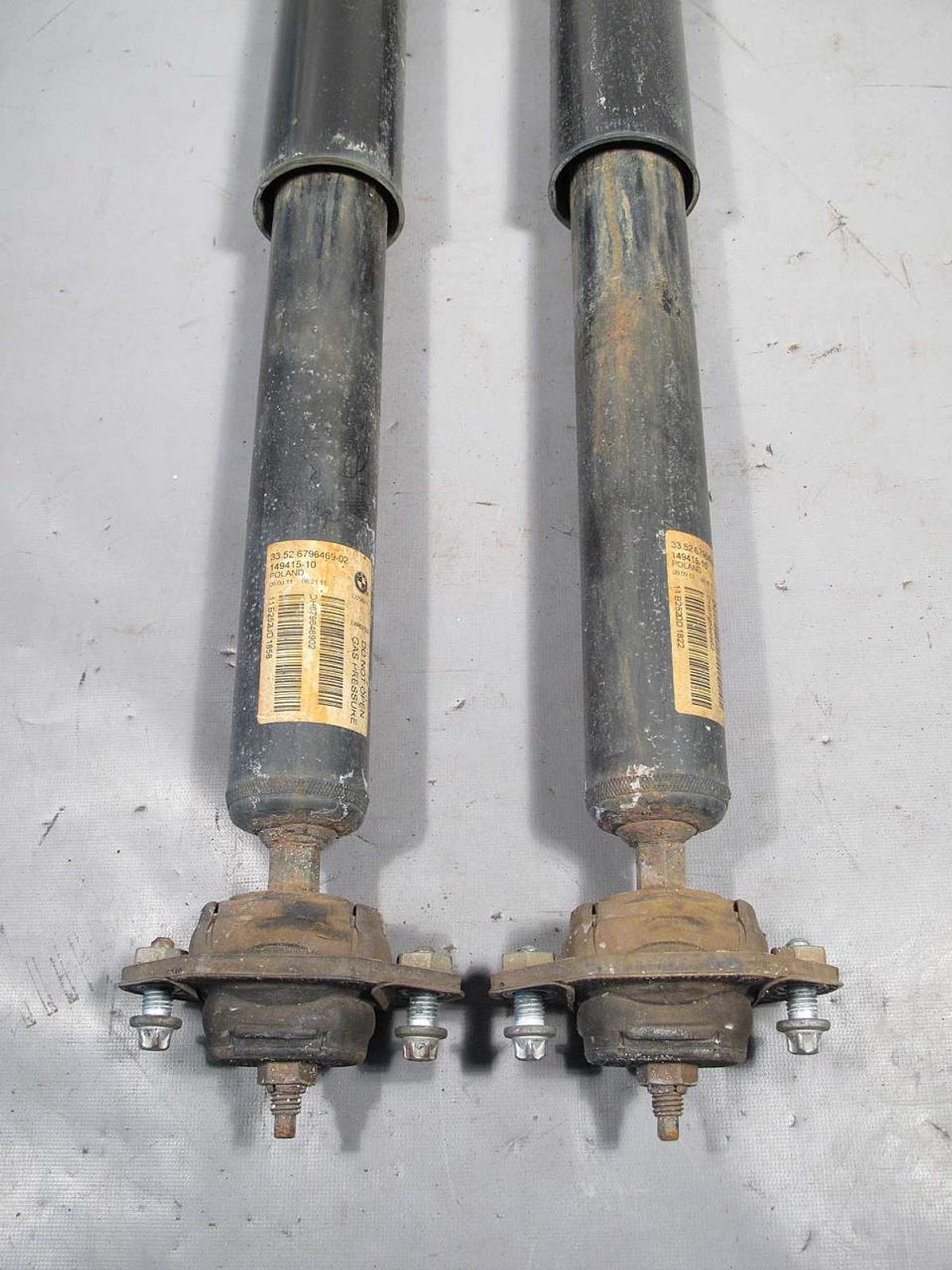BMW E90 E92 3-Series AWD xDrive Factory Rear Axle Shock Absorber Pair  2010-2013