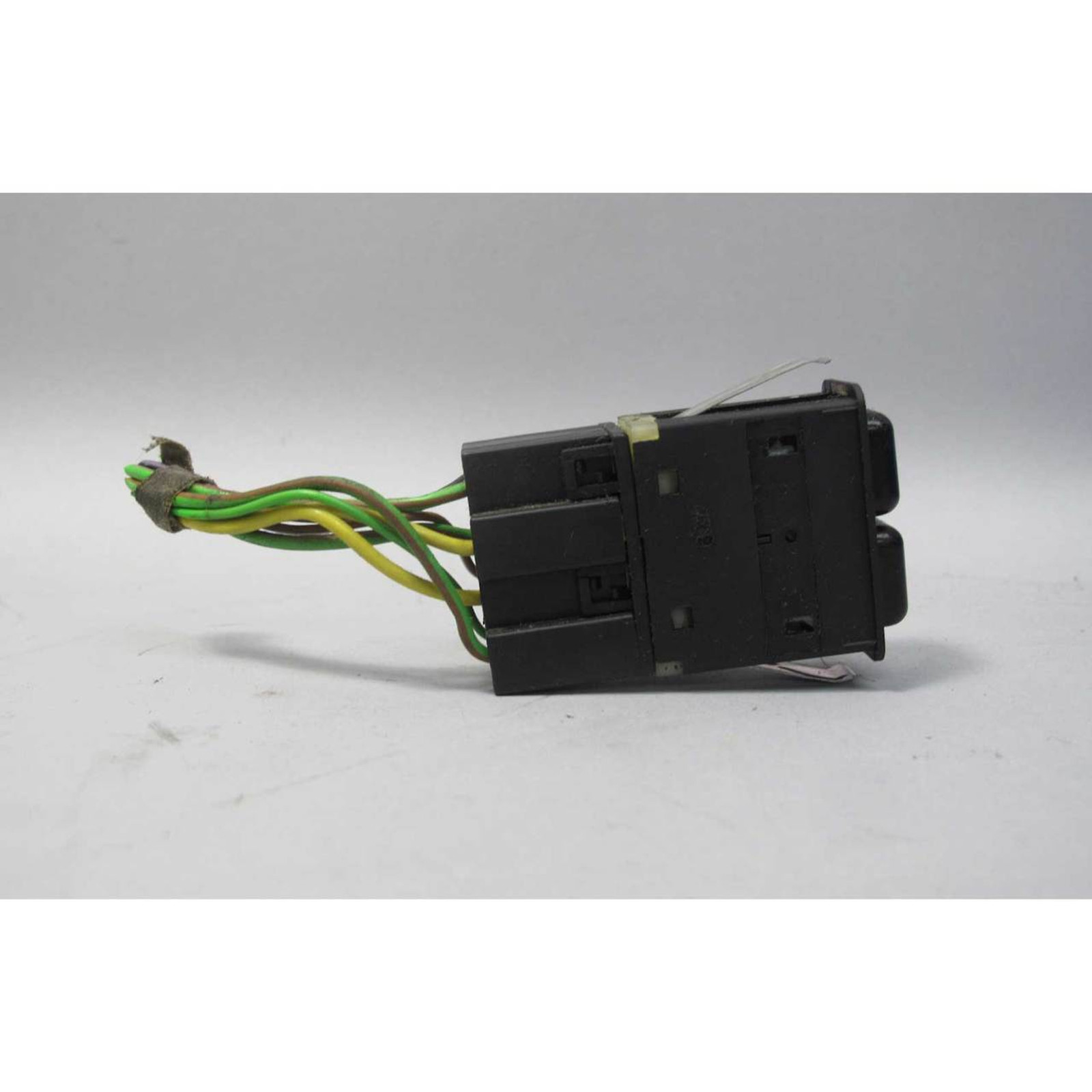 Brilliant Bmw E30 3 Series Air Conditioning And Recirculation Switch W Pigtail Wiring 101 Capemaxxcnl