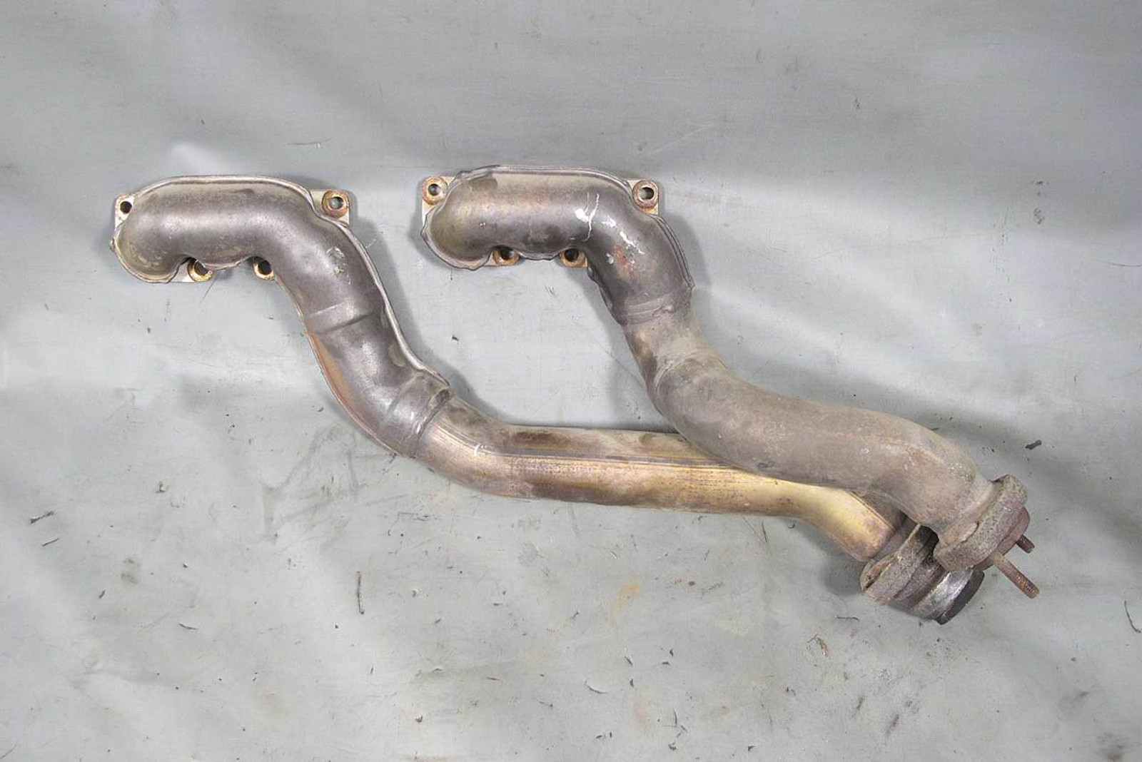 BMW M60 3 0L 4 0L V8 Bank 2 Factory Exhaust Manifold Pair Tubular 1994-1997  USED